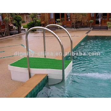 Wall-Mount Integral Swimming Pool Filtration Device