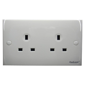 Twin British Flush Sockets (Twin Британский Флеш Sockets)