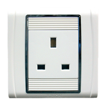 13A Three Pin Socket (13A Три Pin Socket)