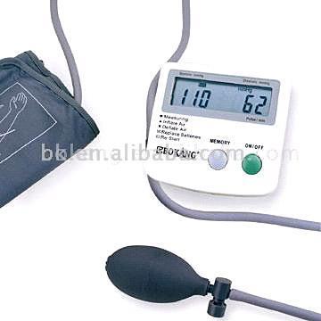 Semi-Auto Blood Pressure Monitor (Semi-Auto монитора артериального давления)