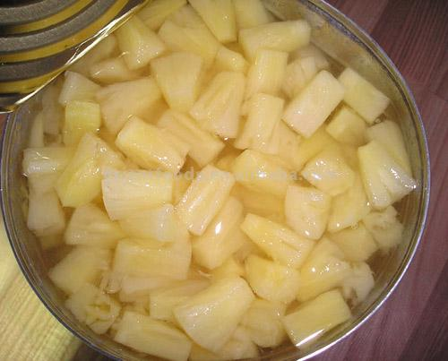 Canned Pineapple (Les conserves d`ananas)
