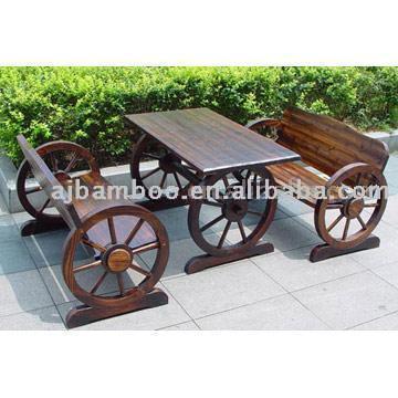 Wooden Table (Деревянный таблице)