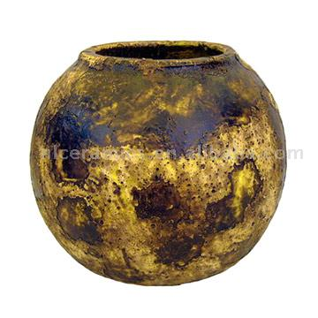 Bowl Shaped Antique Pot (Bowl Shaped Antique Pot)