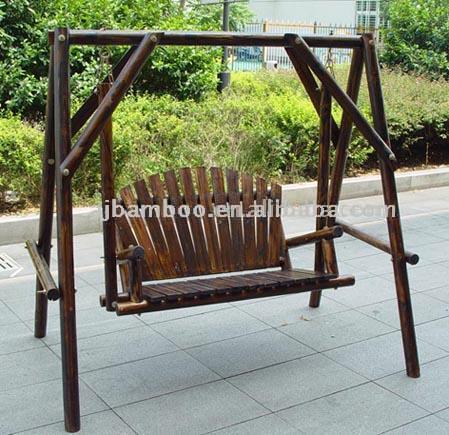Wooden Chair (Деревянные стулья)