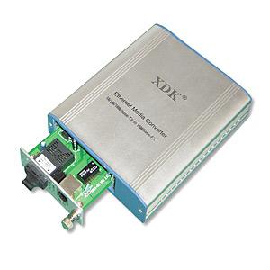 Ethernet Media Converter (10/100M) (Ethernet Media Converter (10/100M))