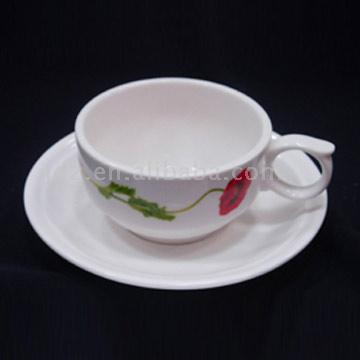 Porcelain Cup and Saucer (Фарфоровая чашка и блюдце)