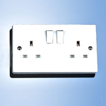 Switched Socket (BS Standard) (Switched Socket (BS Standard))