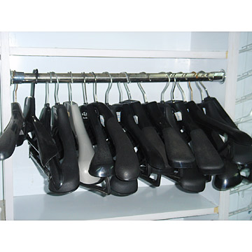 Clothes Rack (For Leather Clothes)