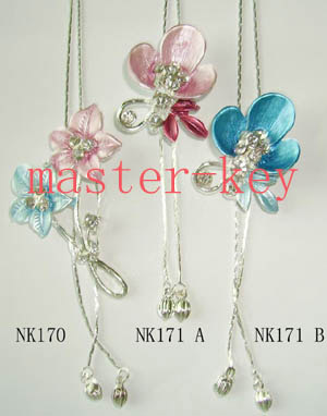 Classical Necklace (Классическое ожерелье)