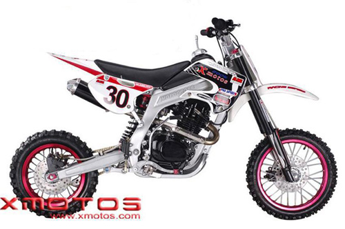 200cc Dirt Bike (200cc Байк)