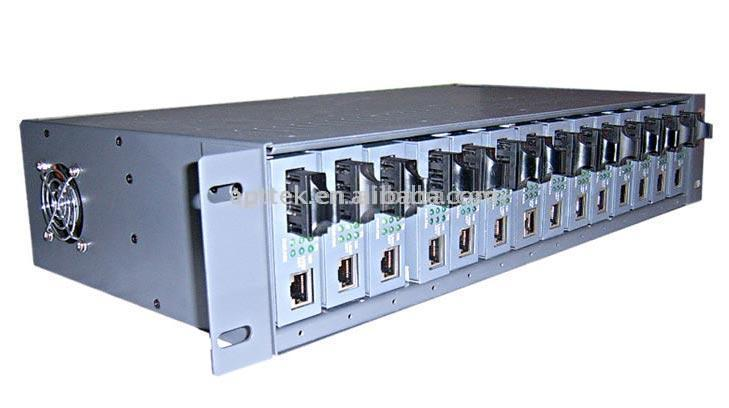 10/100M Independent Media Converter Rack Mount (10/100M Independent Media Converter для монтажа в стойку)