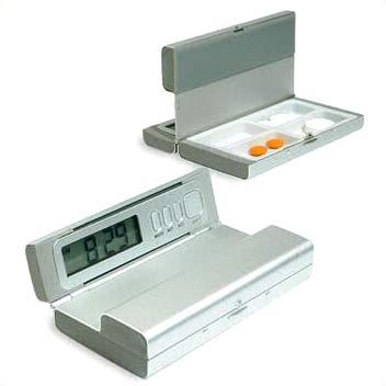 Travel Pill Box Timer with Four-Alarm Setting (Путешествие Pill Box таймер с четырьмя-Alarm Настройка)