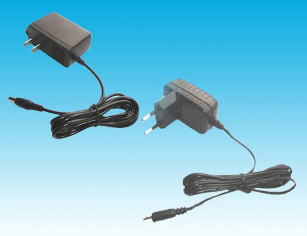 AC/DC Adapter (AC / DC адаптер)