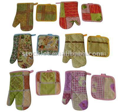 Stock Microwave Oven Glove & Cushion
