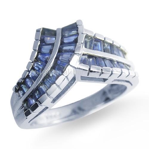 18K Gold Sapphire ring (18K Gold Sapphire кольца)