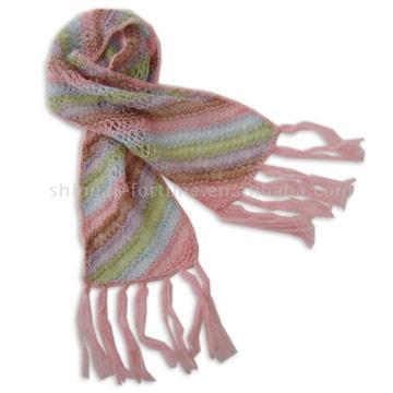 связать ажурный шарф из мохера.