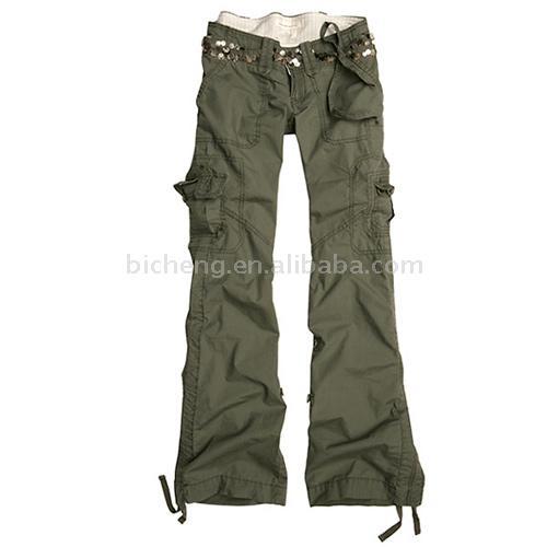 Кто-нибудь знает, где с доставкой в РФ водятся женские брюки plus…
