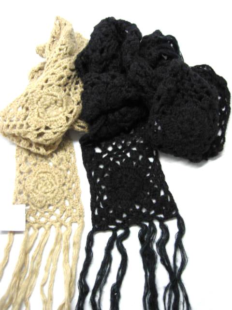 Acrylic Hand-Crochet Scarf ( Acrylic Hand-Crochet Scarf)