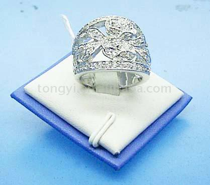 Attractive Ring