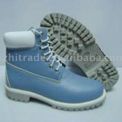 Branded Boots (Фирменная Boots)