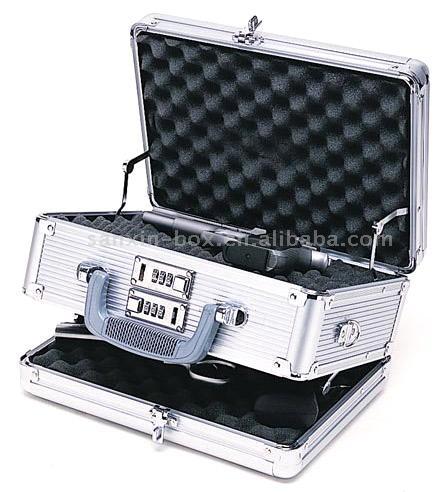 Handgun Case (Handgun дело)