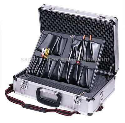 Tool Case (Инструментальном ящике)