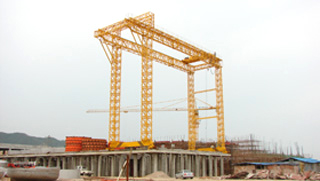 Gantry Crane with Saddle (Козловой кран с седлом)