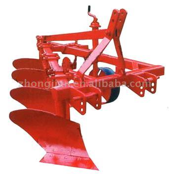 Three-Furrow Plough (Три борозде плуг)