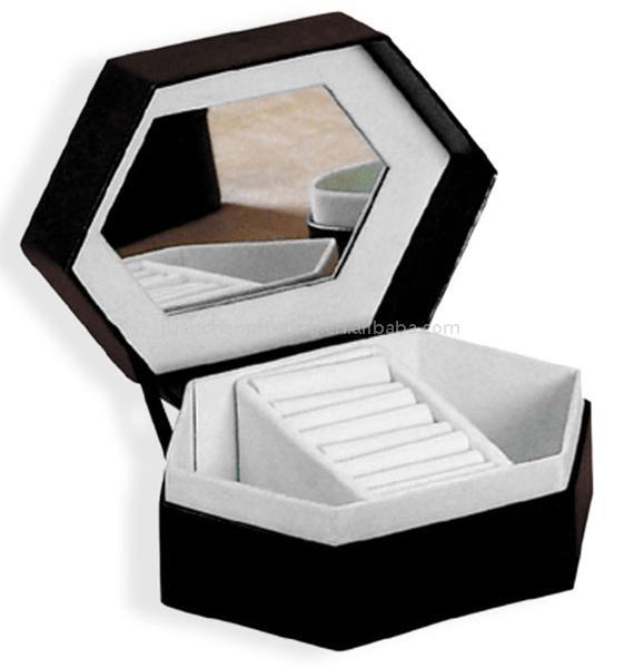 Cosmetic Box (Косметические Box)
