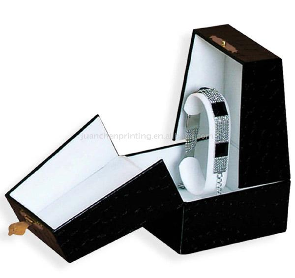 Leather Gift Box ()