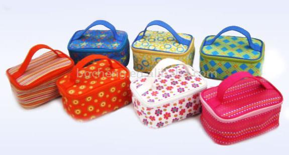 Cosmetic Bag (Cosmetic Bag)
