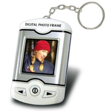 Pocket Digital Photo Keychain