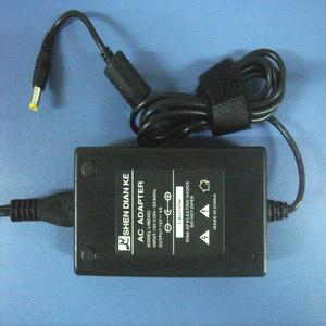 AC Adaptor (Адаптер переменного тока)