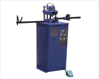 High Speed Air Round Tube Roll Cutter Machine (High Speed Air-Runde Tube Cutter Roll Machine)