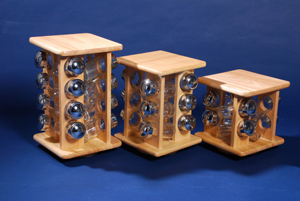 Revolving wooden spice rack with 16pc jar (Revolving Holz Gewürzregal mit 16pc jar)