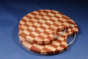 Rubber wood cutting board (Gummi Holz Schneidebrett)