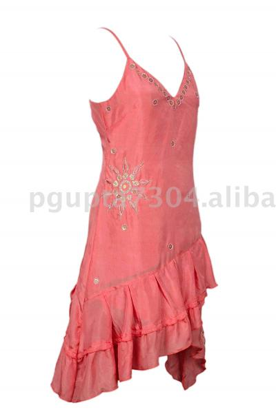 Silk Embroidered Dress (Шелковые вышитые платья)