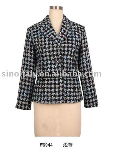 На фото: выкройки пальто для полных - Мода и.