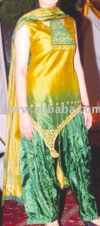 Golden And Green Pure Raw Silk (Золотых и зеленых Pure Raw Silk)