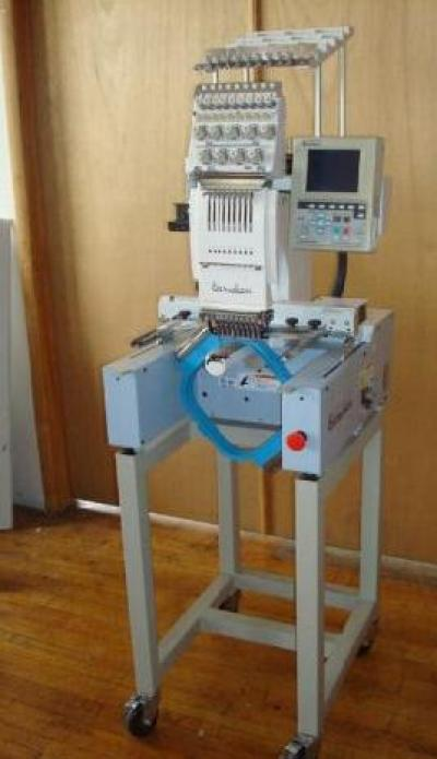 Single Head Embroidery Machine (Single-Kopf-Stickmaschine)