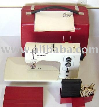 Bernina 830 Sewing Machine-With Case (Bernina 830 Nähmaschine Mit-Case)