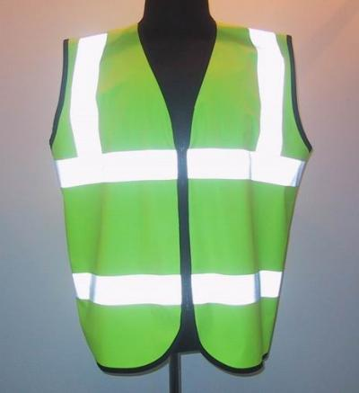 Safety Vest With High Visibility Stripes And Logos. (Безопасность жилет с повышенной видимости Stripes и логотипов.)
