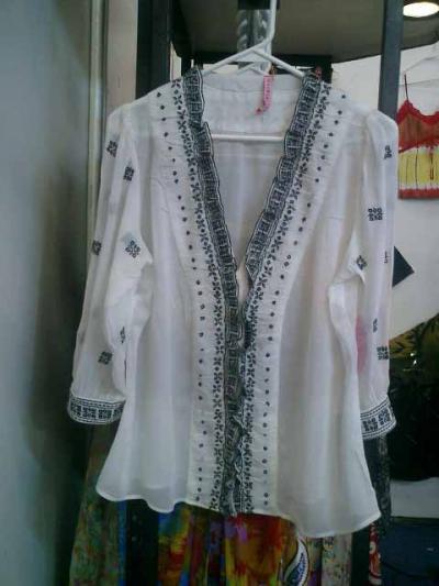 Одежда самого высокого качества блузка бисером только у нас.