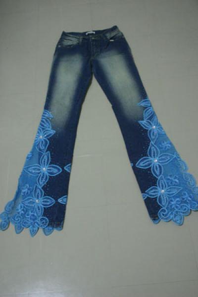 вышивка на джинсах - Машинная вышивка.