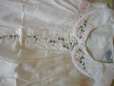 Kid Dress With Handmade Embroidery (Kid платья с ручной вышивкой)