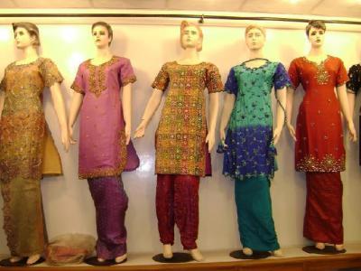 Silk Dresses (Шелковое платье)