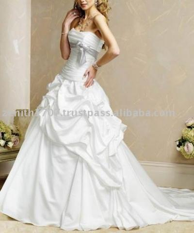 Popular Wedding Gown Designers on Designer Wedding Dresses  Designer Wedding Dresses