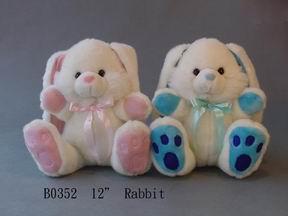 plush  rabbit (плюшевый кролик)