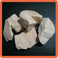 Abrasive grade bauxite ()