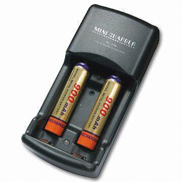 Mini Battery Charger with One Charging Channel (Mini chargeur de batterie avec un canal de charge)